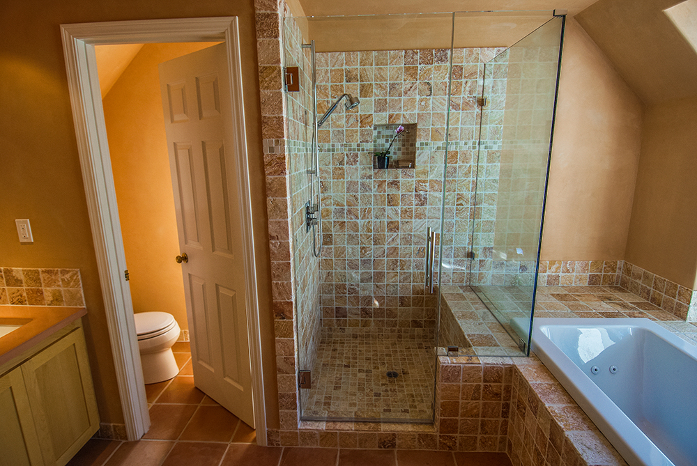 santa-rosa-interior-bath-121515-1-1000