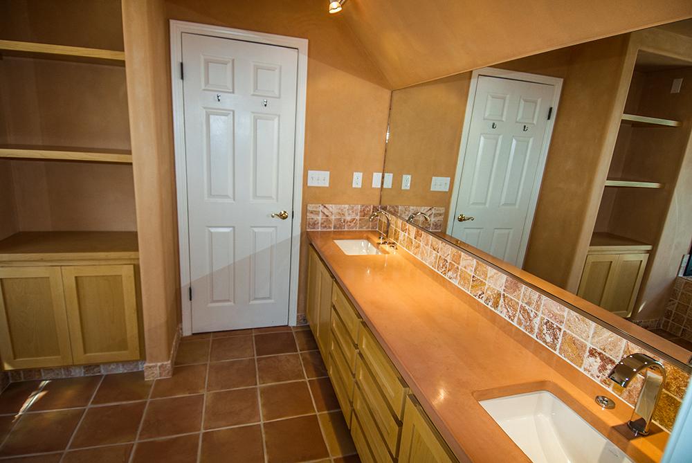 santa-rosa-interior-bath-121515-4-1000